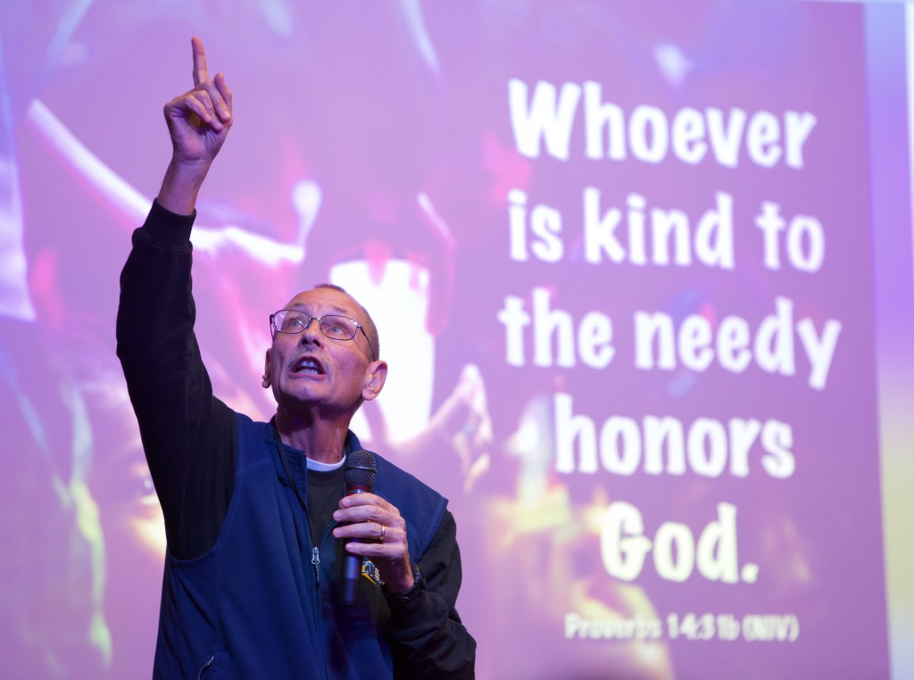 Jeff Anderson ministers to street children in Manila, Philippines.  Speaking about the importance of helping the needy, he used compelling visuals at a presentation at Grace Church, Eden Prairie, MN. October, 2014